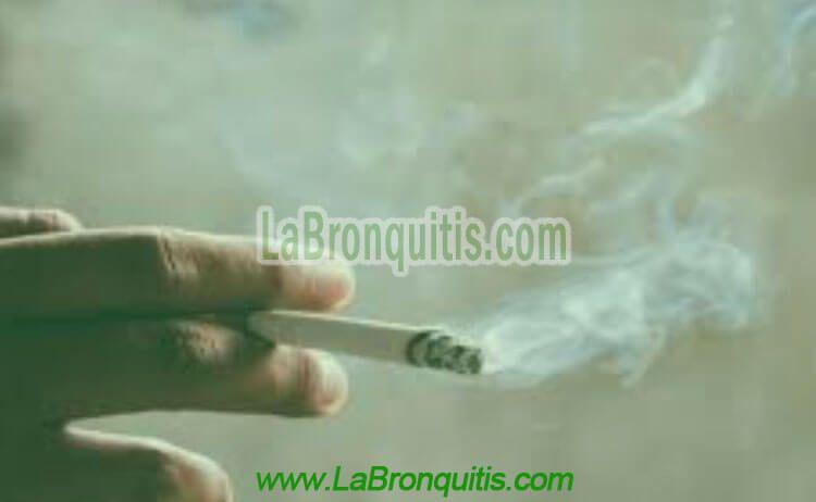 ¿Cuáles factores desencadenan el asma y cuáles la bronquitis?